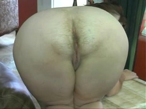 Hairy mature farting porn pics