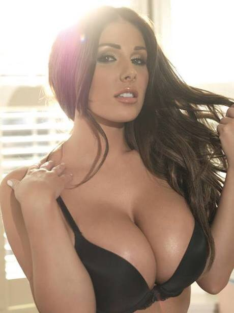 Hot large cleavage porn