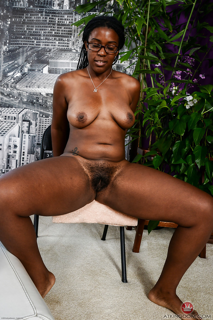 Hairy african pic