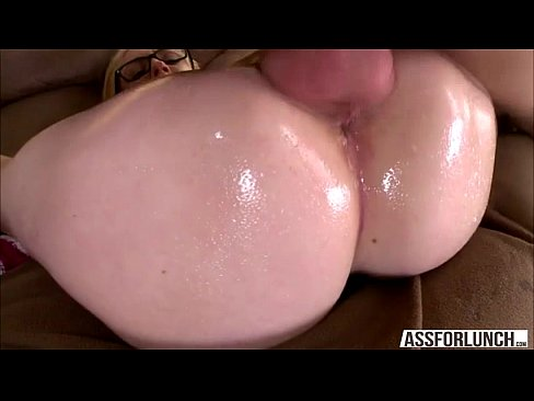 Wet pussy pounded
